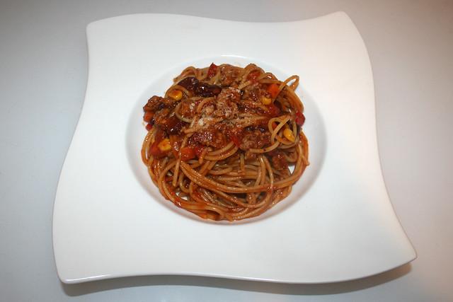 33 - Spaghetti con Carne - Served / Serviert