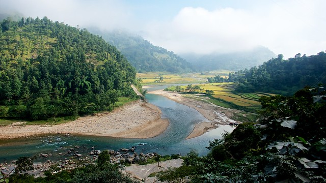 From a bus on my way back to Pokhara: meandering Aadhikhola