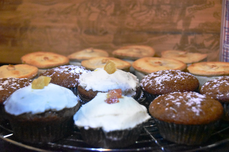 Ginger muffins and mince pies