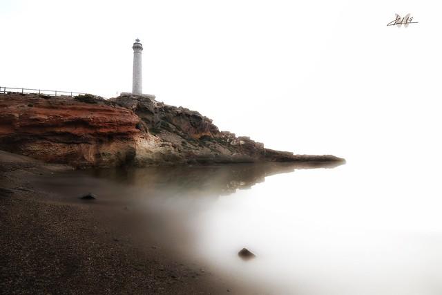 Faro del Cabo de Palos...  Lighthouse of Cabo de Palos...