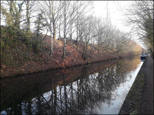 All quiet on the Worcester & Birmingham Canal, December 2020