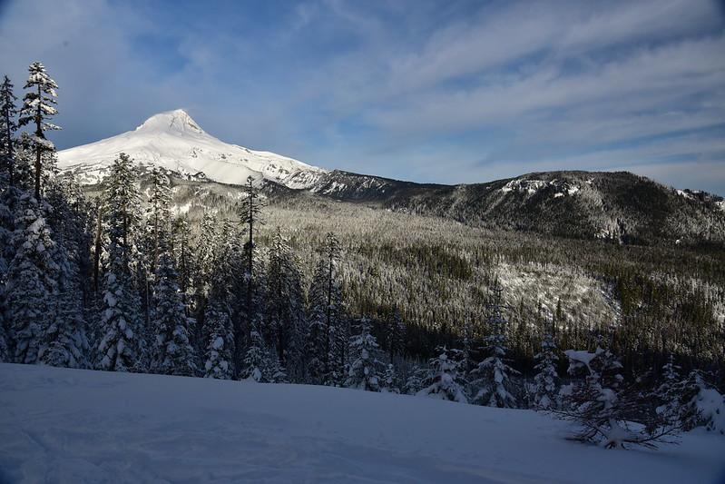 Snowshoeing Bennett Pass Road