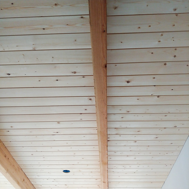 The #ceiling is finally going in!#cardecking #tongueandgroove #pine #wood #beams #offgriddreamhouse #🏠