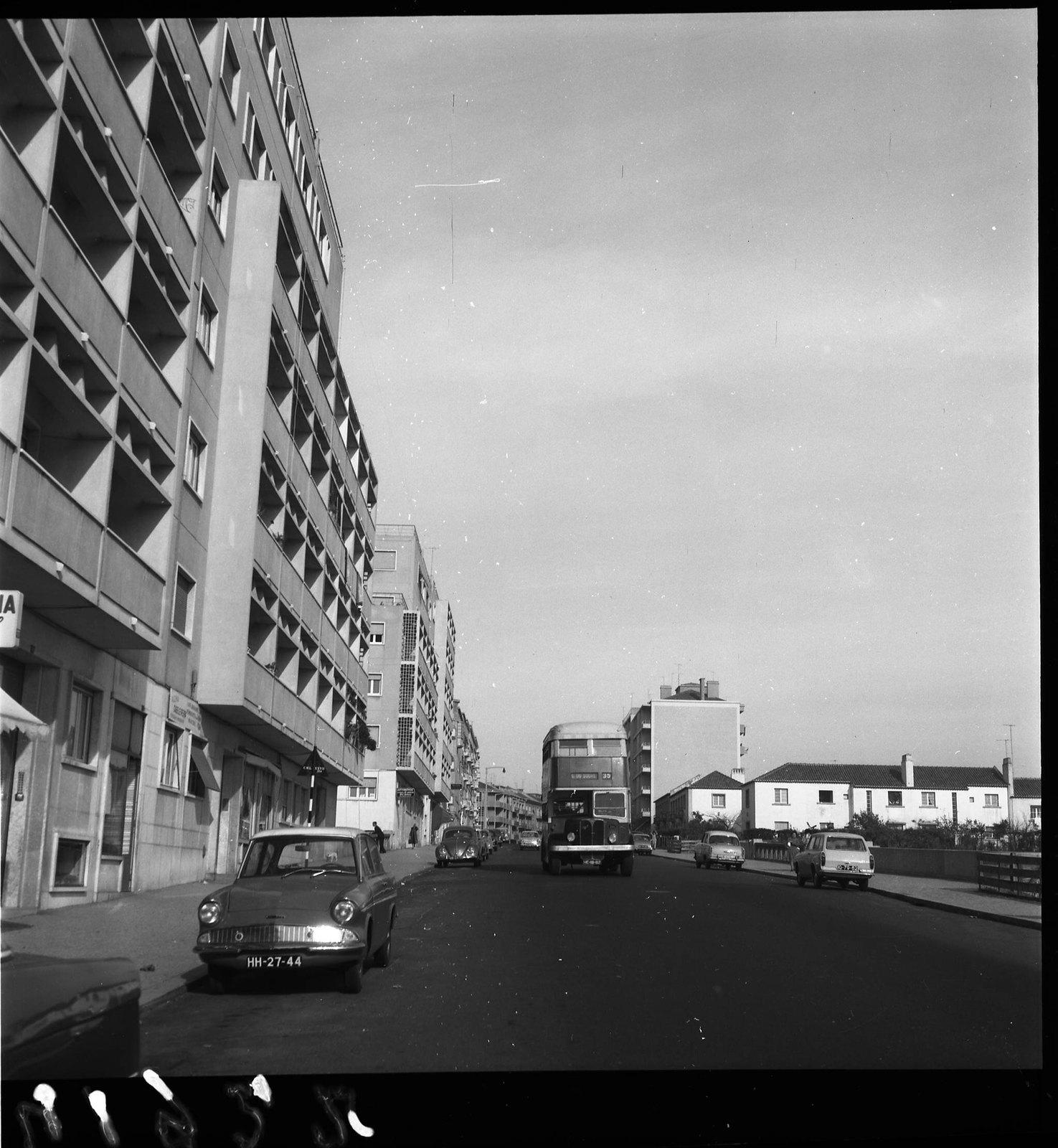 Autocarro 35, Av. Gen. Roçadas (A Goulart, 1963)