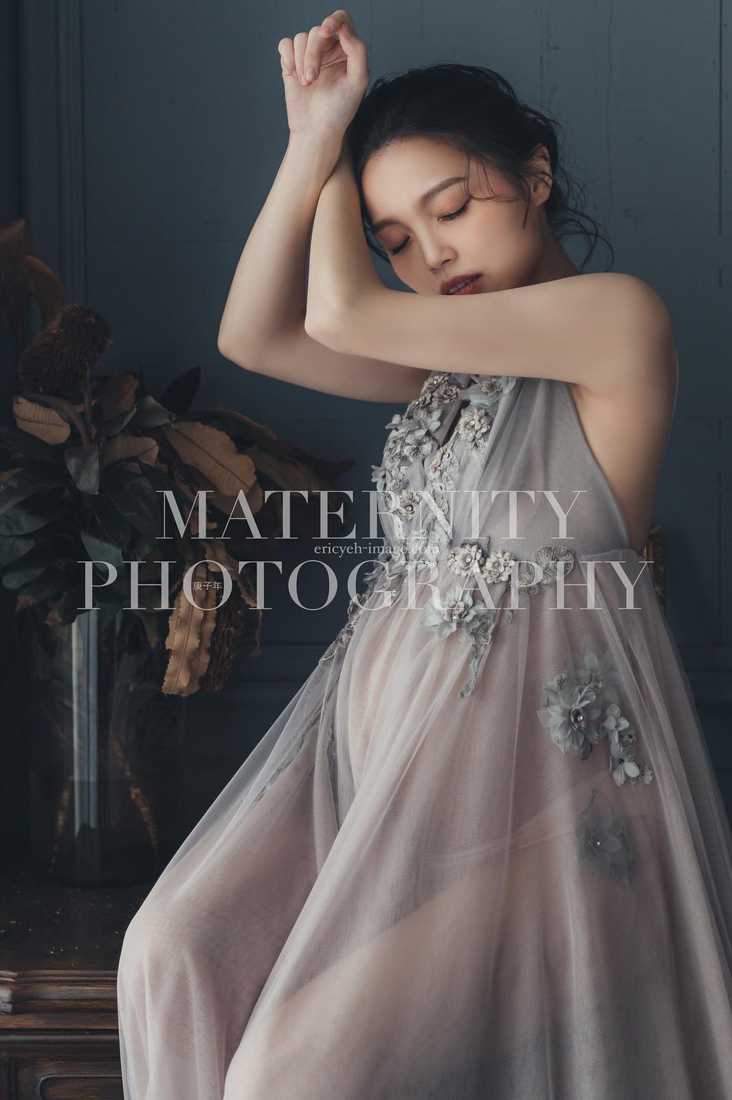 《孕婦寫真》小草 / 攝影師 Eric Yeh / 良大攝影工作室