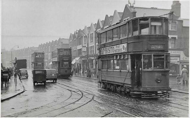 LT tram No. 1806