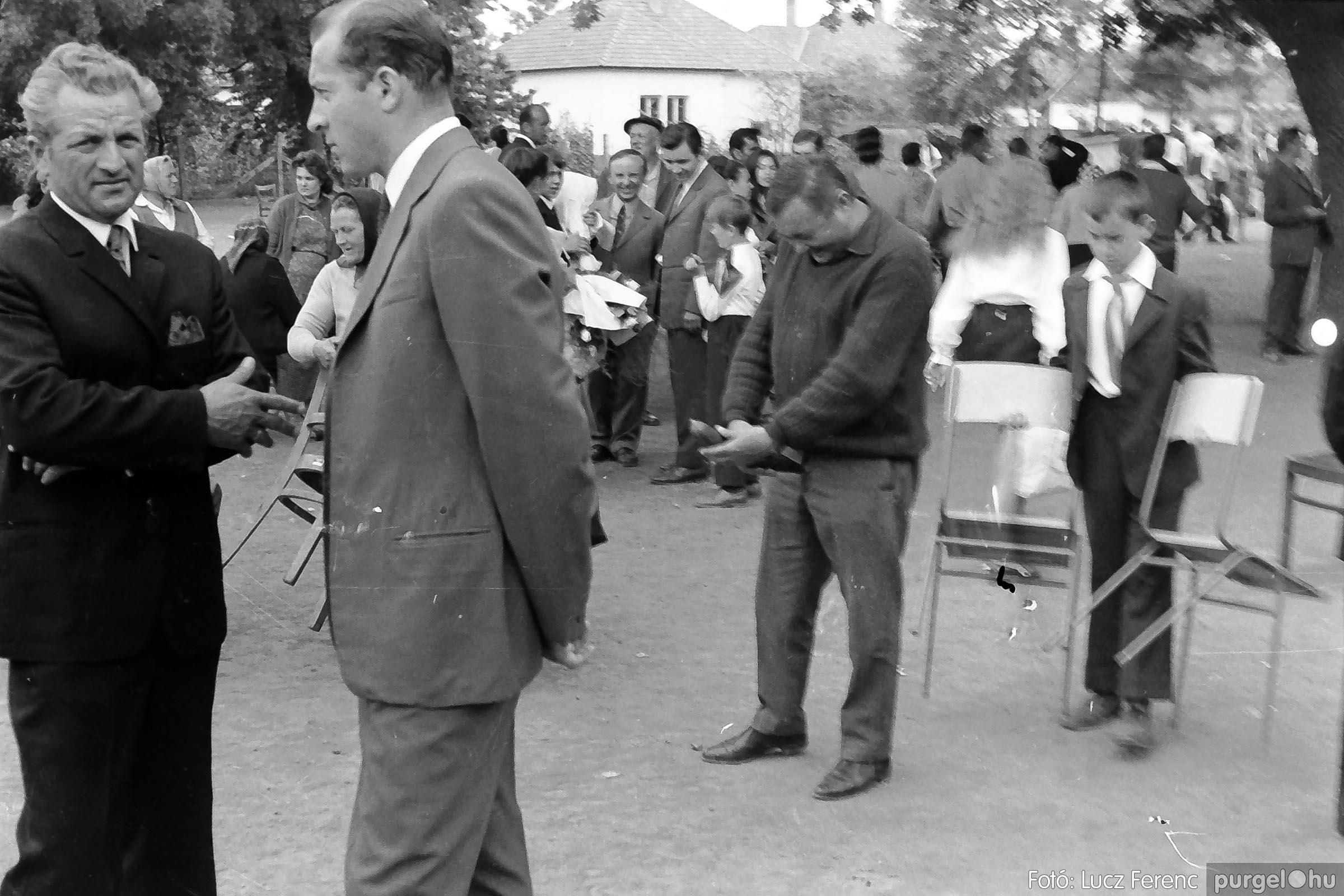 001 1972.05.27. Ballagás a szegvári iskolában 028 - Fotó: Lucz Ferenc - IMG01047q.jpg