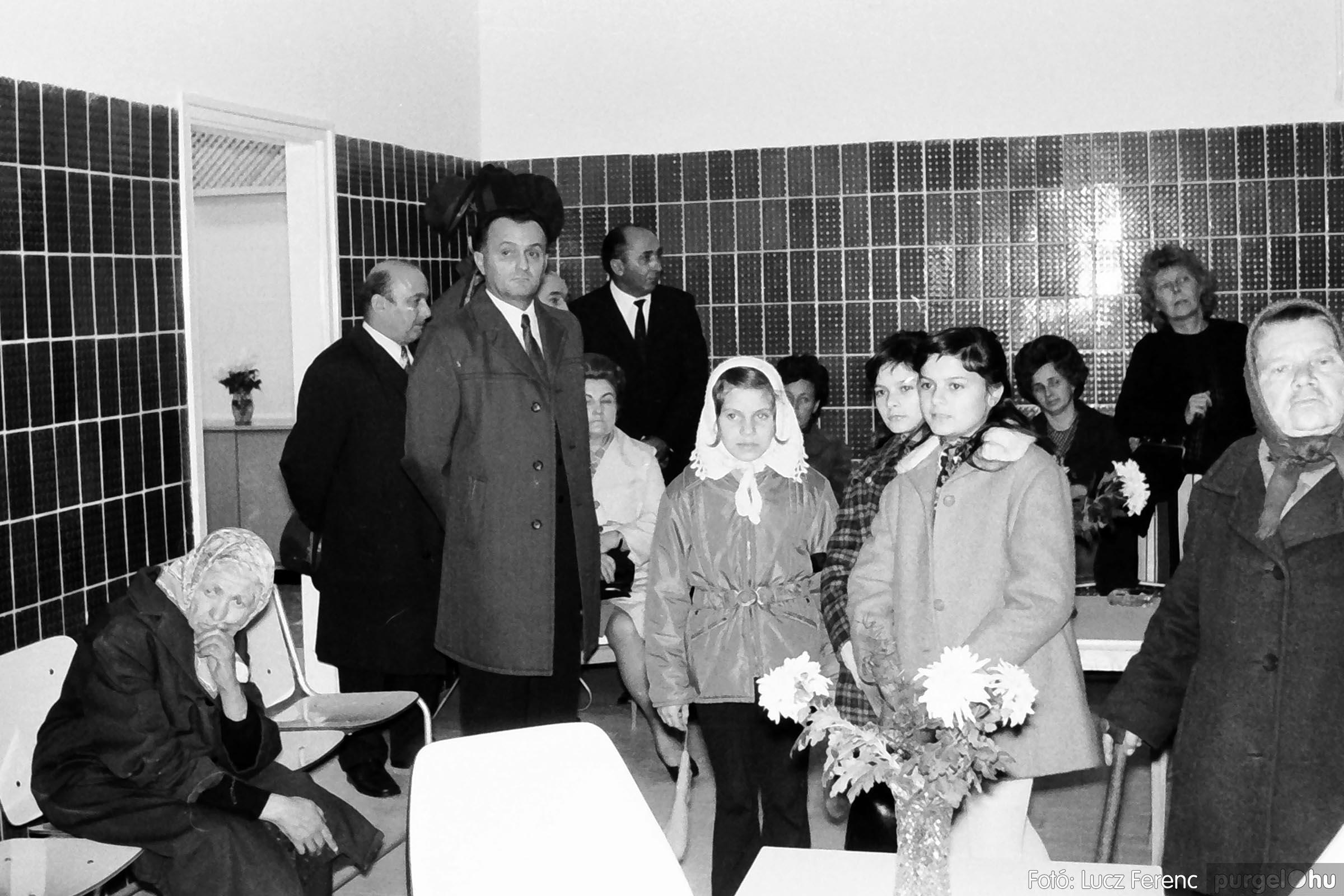 002 1970-es évek - Orvosi rendelő épületének átadása 009 - Fotó: Lucz Ferenc - IMG01107q.jpg
