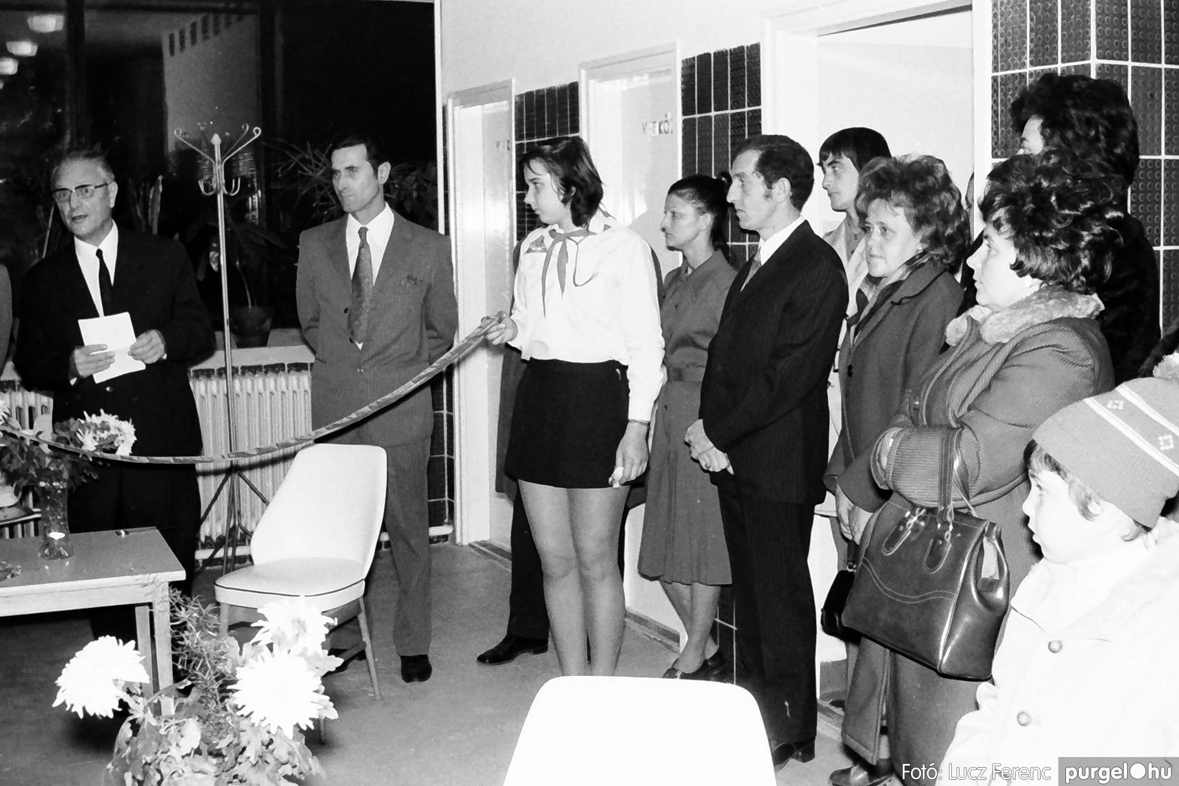 002 1970-es évek - Orvosi rendelő épületének átadása 007 - Fotó: Lucz Ferenc - IMG01105q.jpg