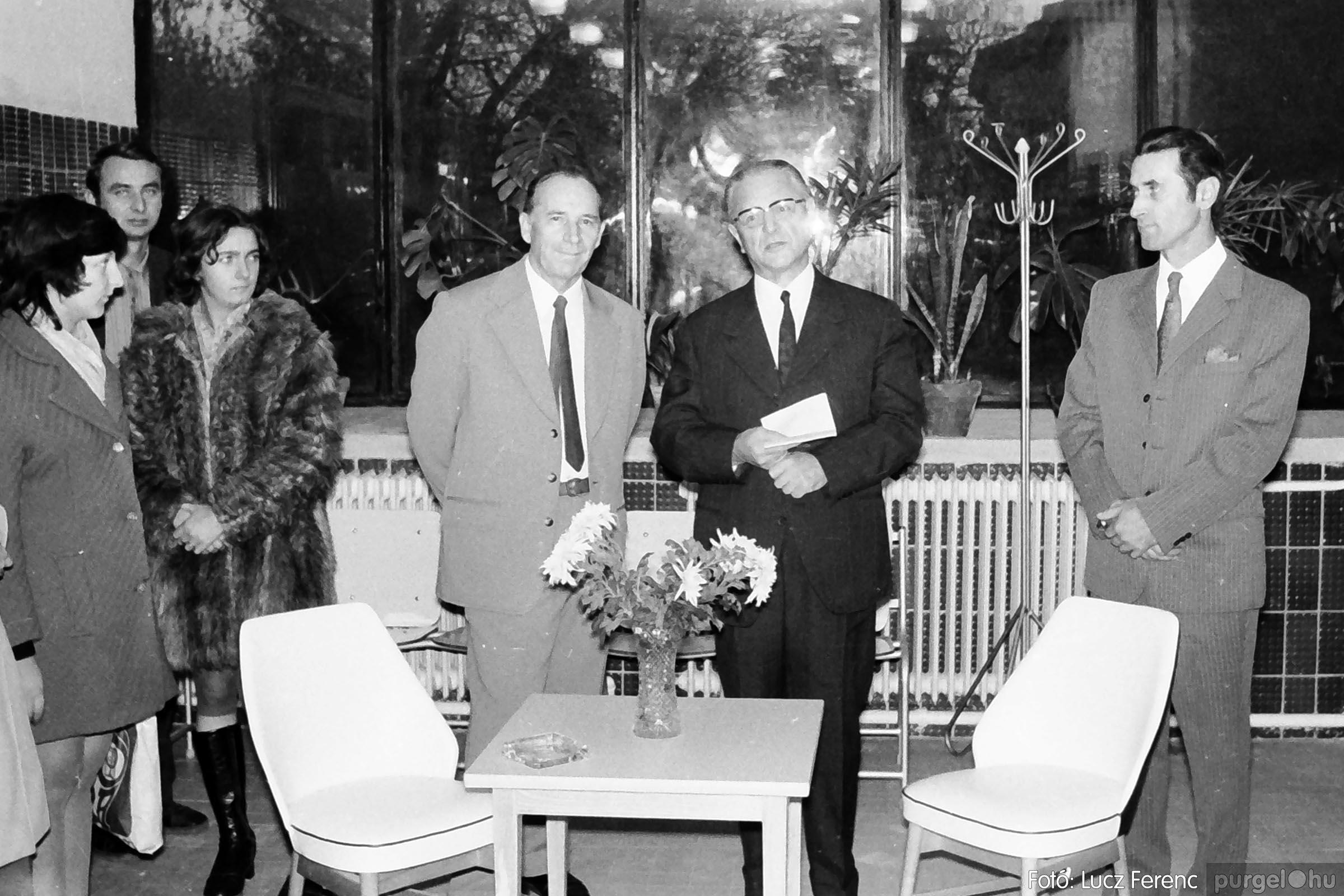 002 1970-es évek - Orvosi rendelő épületének átadása 003 - Fotó: Lucz Ferenc - IMG01101q.jpg
