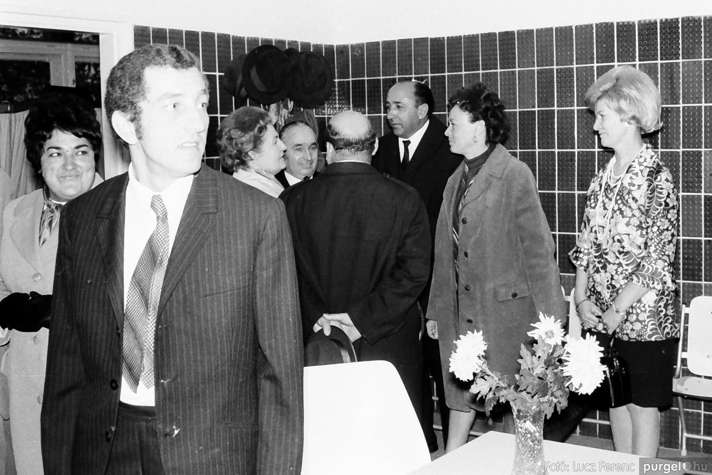 002 1970-es évek - Orvosi rendelő épületének átadása 002 - Fotó: Lucz Ferenc - IMG01100q.jpg
