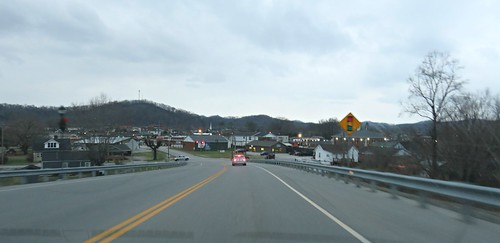 headingintotown barbourville ky kentucky twilight winter danielboonedr