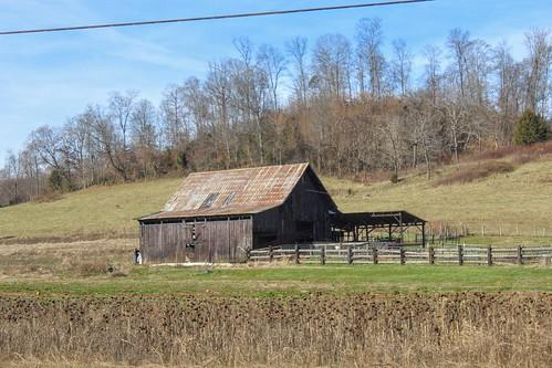 barns oldbarns countryside appalachia easttennessee hawkinscountytennessee landscape fields agriculture farmland farming canon
