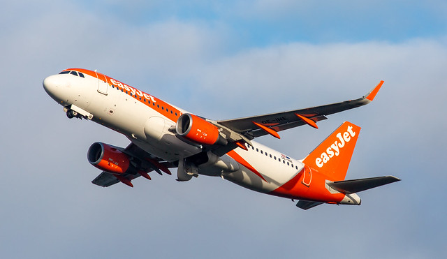 A320   OE-INE   AMS   20210101