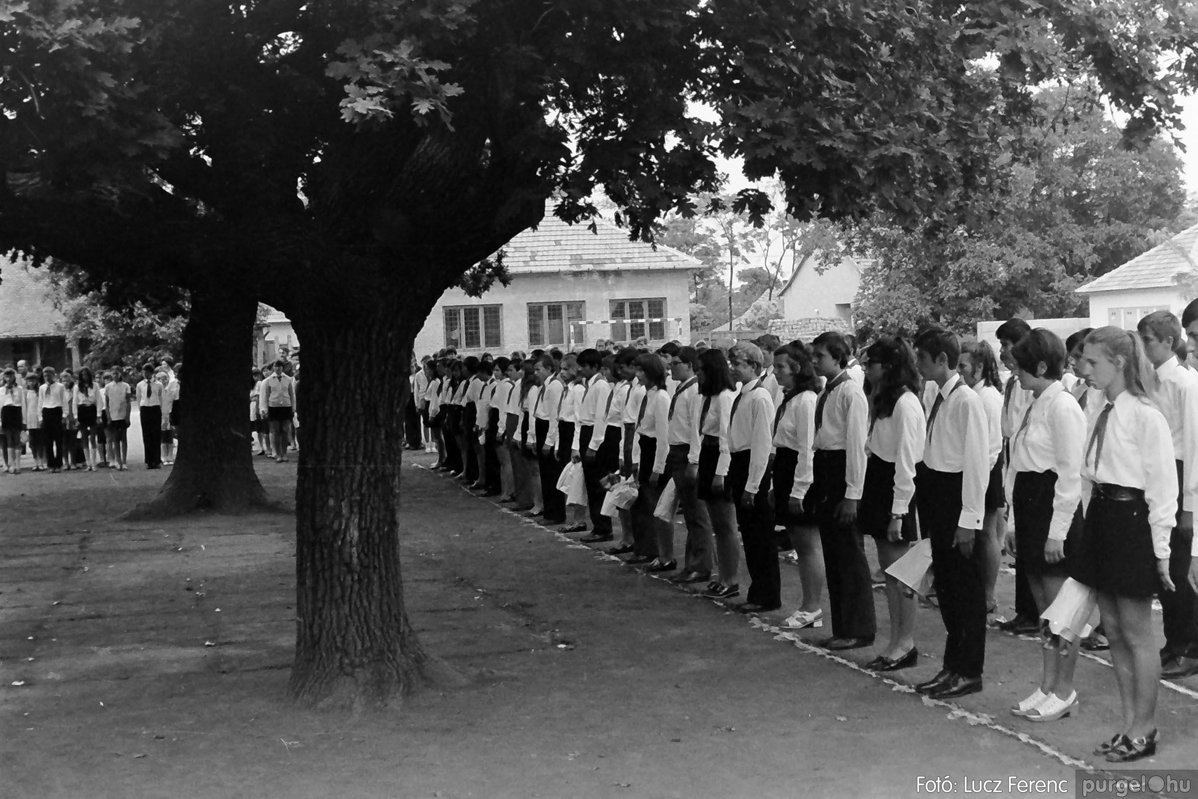 001 1972.05.27. Ballagás a szegvári iskolában 023 - Fotó: Lucz Ferenc - IMG01080q.jpg