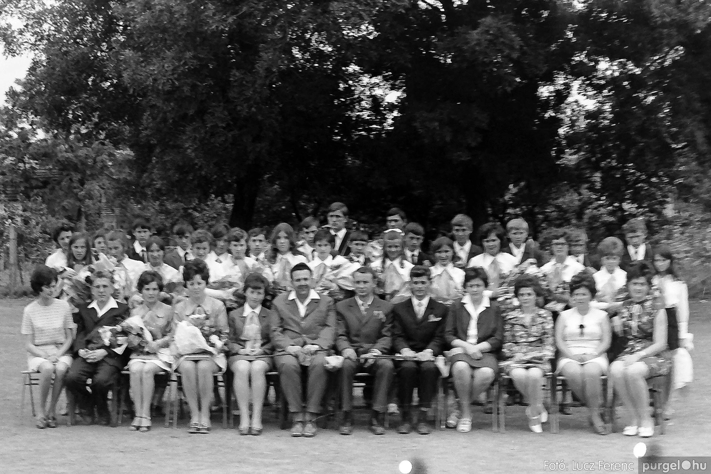 001 1972.05.27. Ballagás a szegvári iskolában 030 - Fotó: Lucz Ferenc - IMG01051q.jpg
