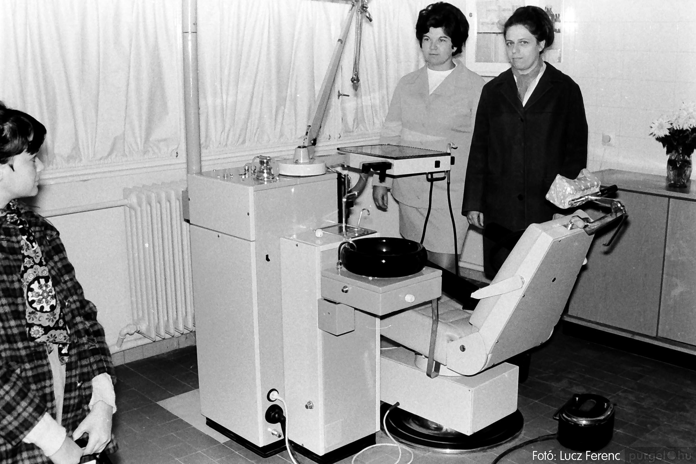 002 1970-es évek - Orvosi rendelő épületének átadása 025 - Fotó: Lucz Ferenc - IMG01123q.jpg