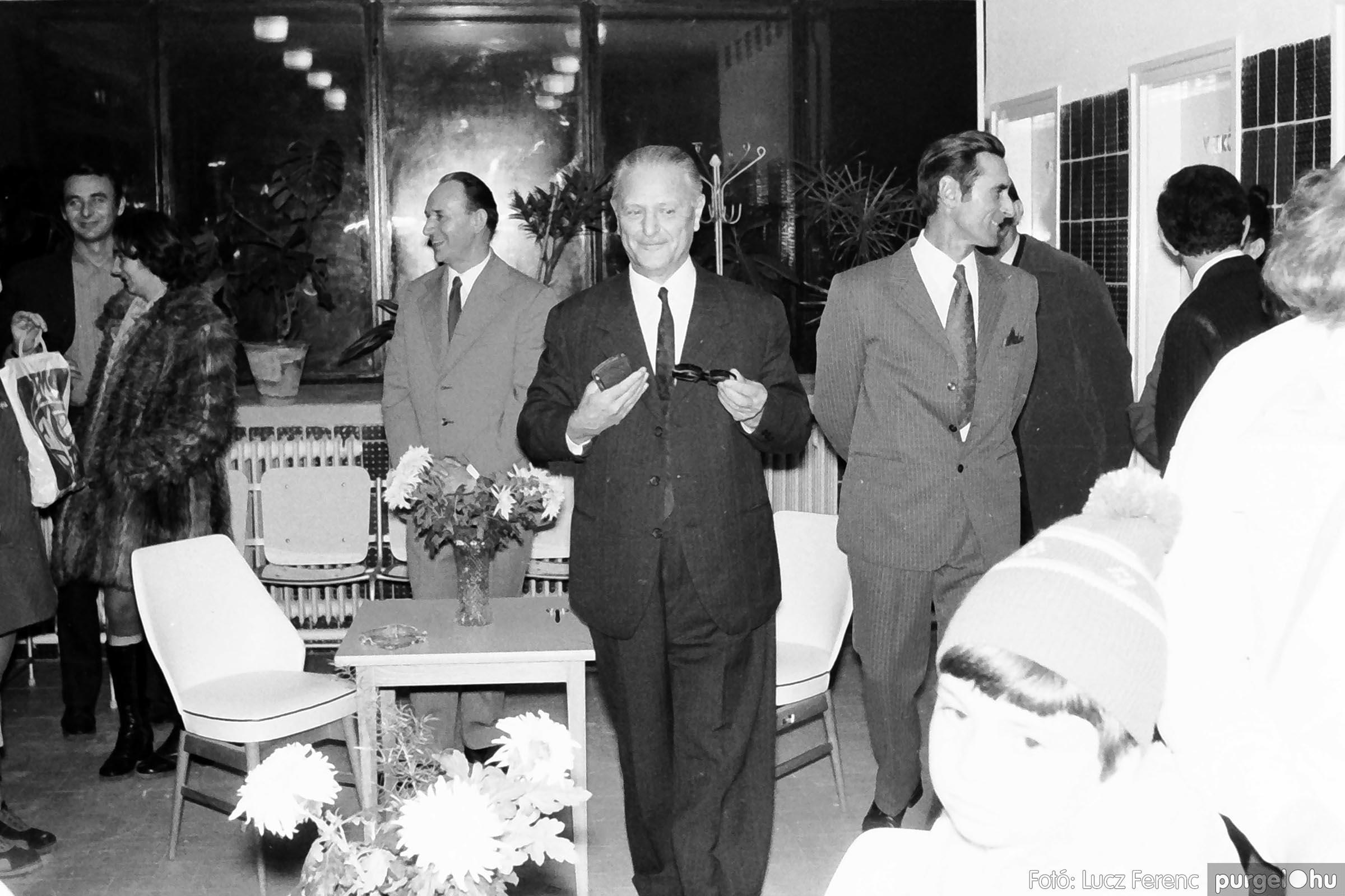 002 1970-es évek - Orvosi rendelő épületének átadása 017 - Fotó: Lucz Ferenc - IMG01115q.jpg