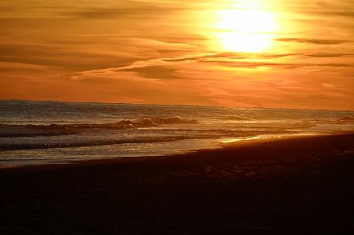 sunset beach mainbeach easthampton longisland atlanticocean newyork sand surf clouds december 2020 nikond5100 waves