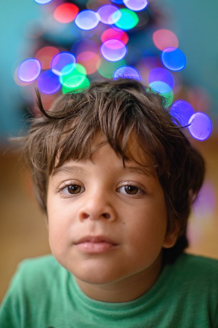 Diego esperando Papai Noel