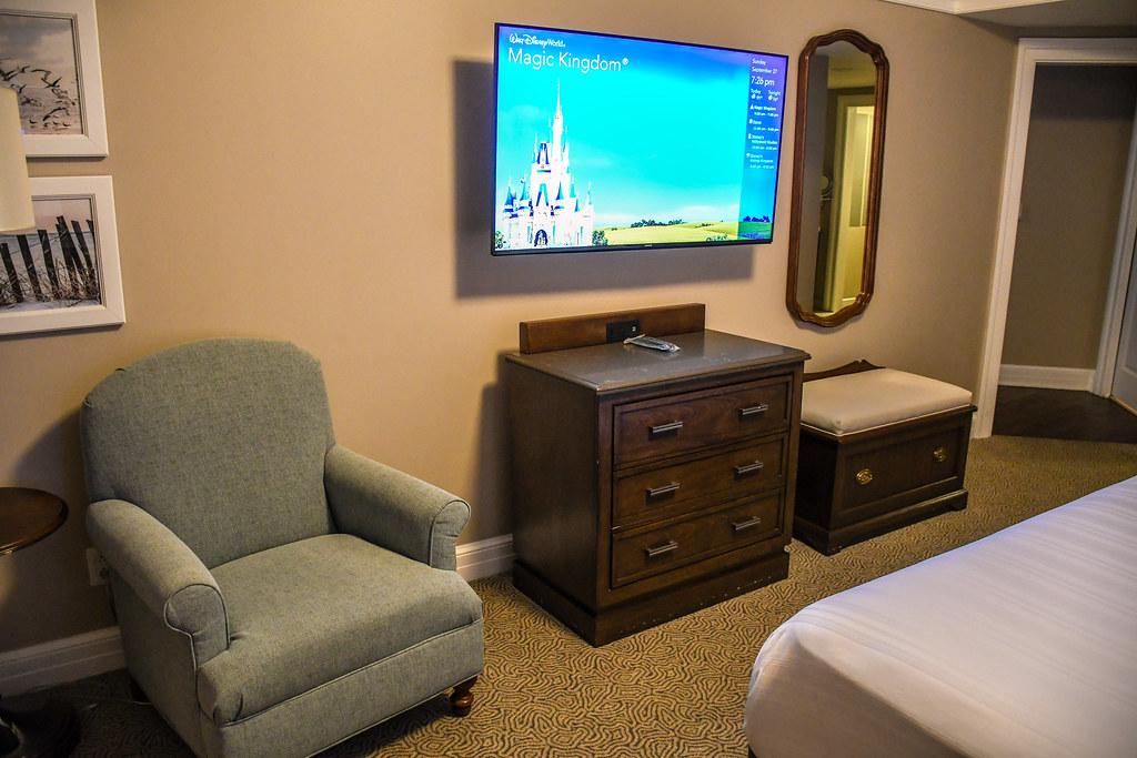 Beach Club TV bedroom