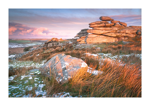 cheesewring stoweshill minions cornwall bodminmoor england britain uk winter snow ice sunrise moor landscape winterscape rushes golden