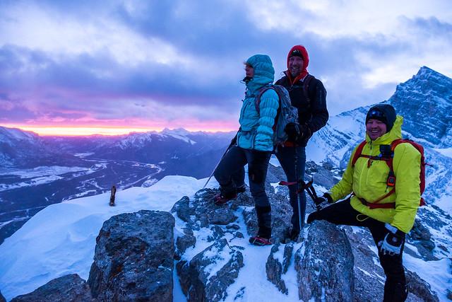 Snowshoeing - Ha Ling - Jan 2021-5