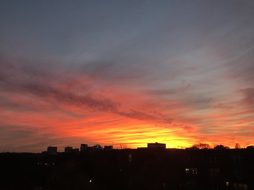 washingtondc districtofcolumbia jan2021 georgetown sunset sky cloud winter