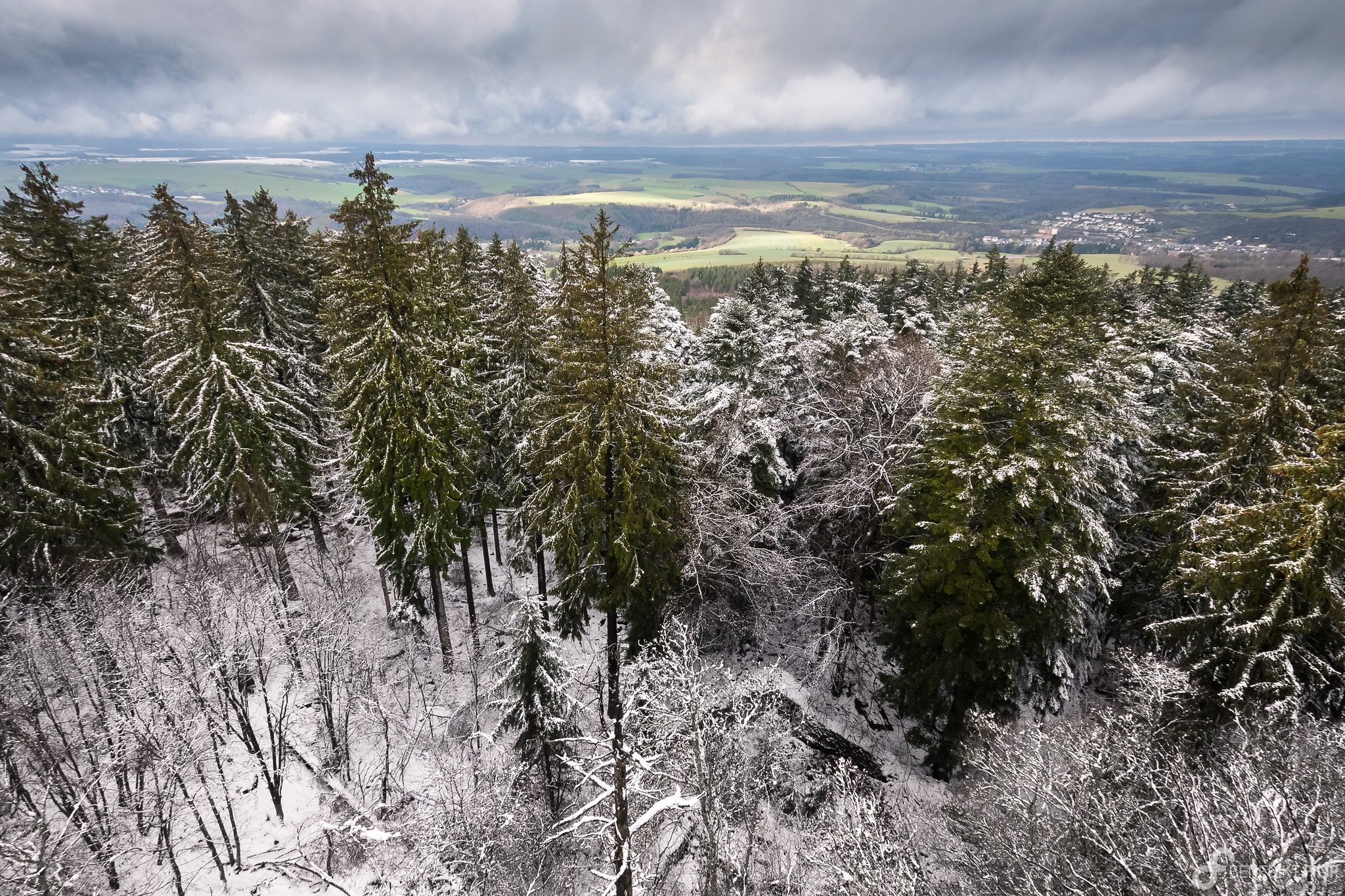 Winter wonderland at Koppenstein lookout tower