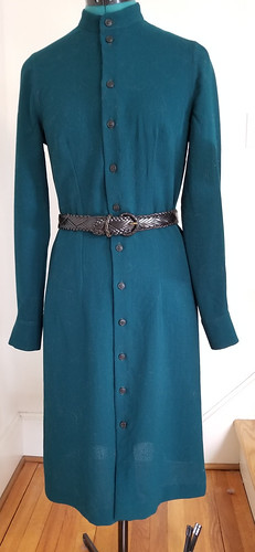 V8772 green wool crepe gauze shirt dress with belt | by CCL photos