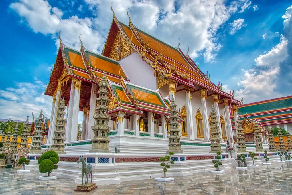 Wat Suthatthepwararam Waraviharn in Bangkok, Thailand