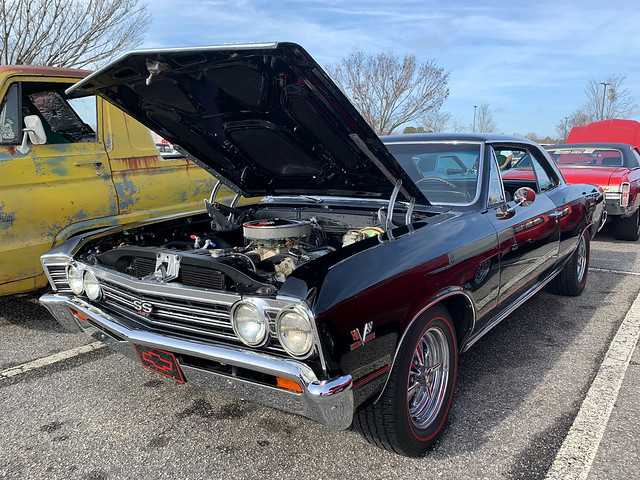 Mojo's Grill 2021 New Years Cruise In