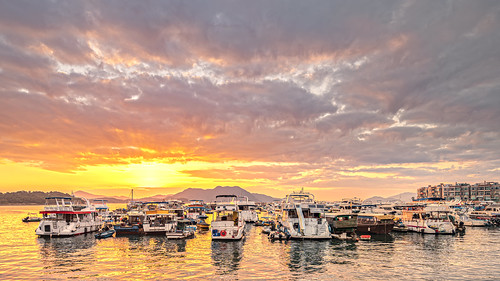 sunrise saikung saikungpier hongkong yacht