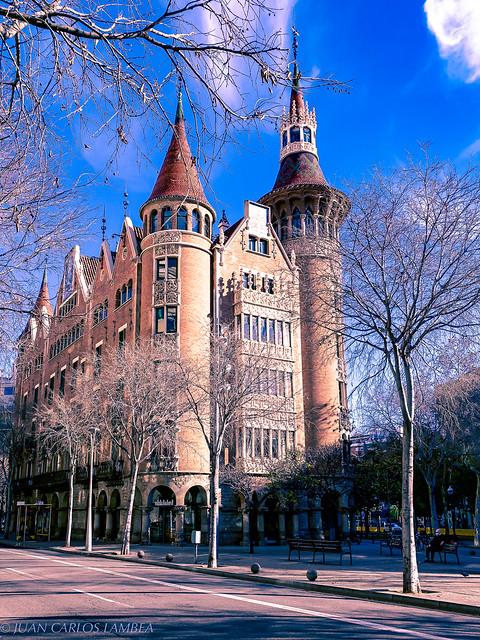 Casa de les punxes (Barcelona)