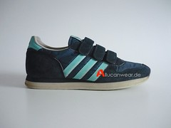 VINTAGE ADIDAS VELCRO LEISURE RUNNING SPORT SHOES