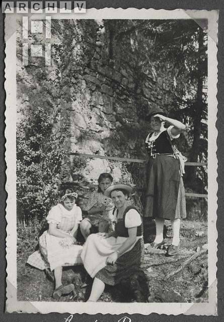 ArchivTappen2AAl2c279 Ruine Losenstein, Österreich, 1930-1941