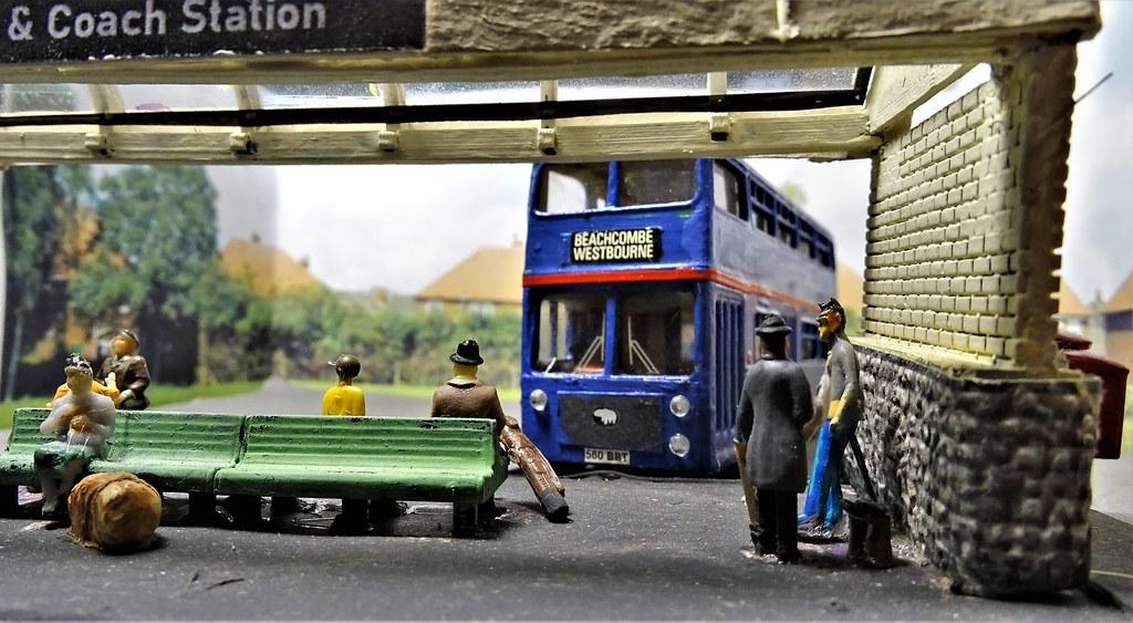 The Sunday Bus to Beachcombe.