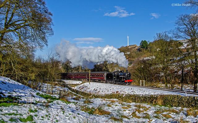 43924 (1) - Keighley & Worth Valley Railway - 1 February 2015