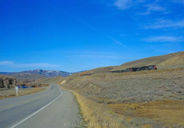 Coal train along US 40 between Kremmling and Byers Canyon