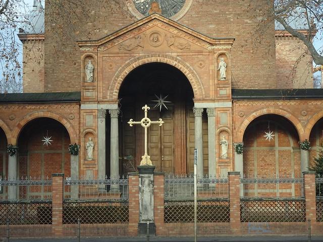St. Johanniskirche: Evangelische Kirchengemeinde Tiergarten