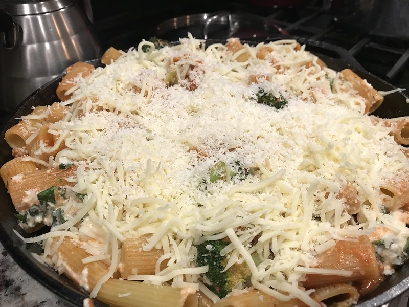 Giada rigatoni sausage and broccoli