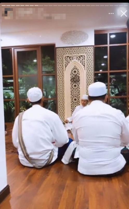 Sudah Dua Tahun Kahwin, Gadis Dakwa Ziela Jalil Isteri Kedua Bapanya?