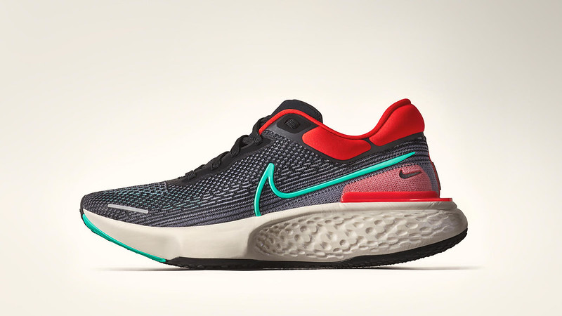 000_Nike ZoomX Invincible Run_HKD1,499