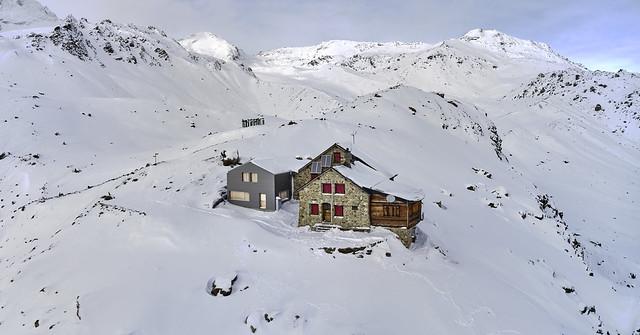 Cabane des Aiguilles Rouges in January 2021