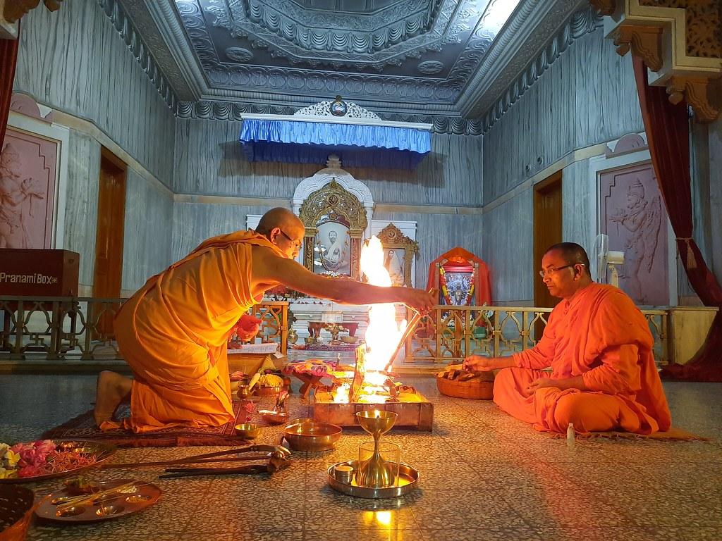 Phalaharini Kali Puja (36)