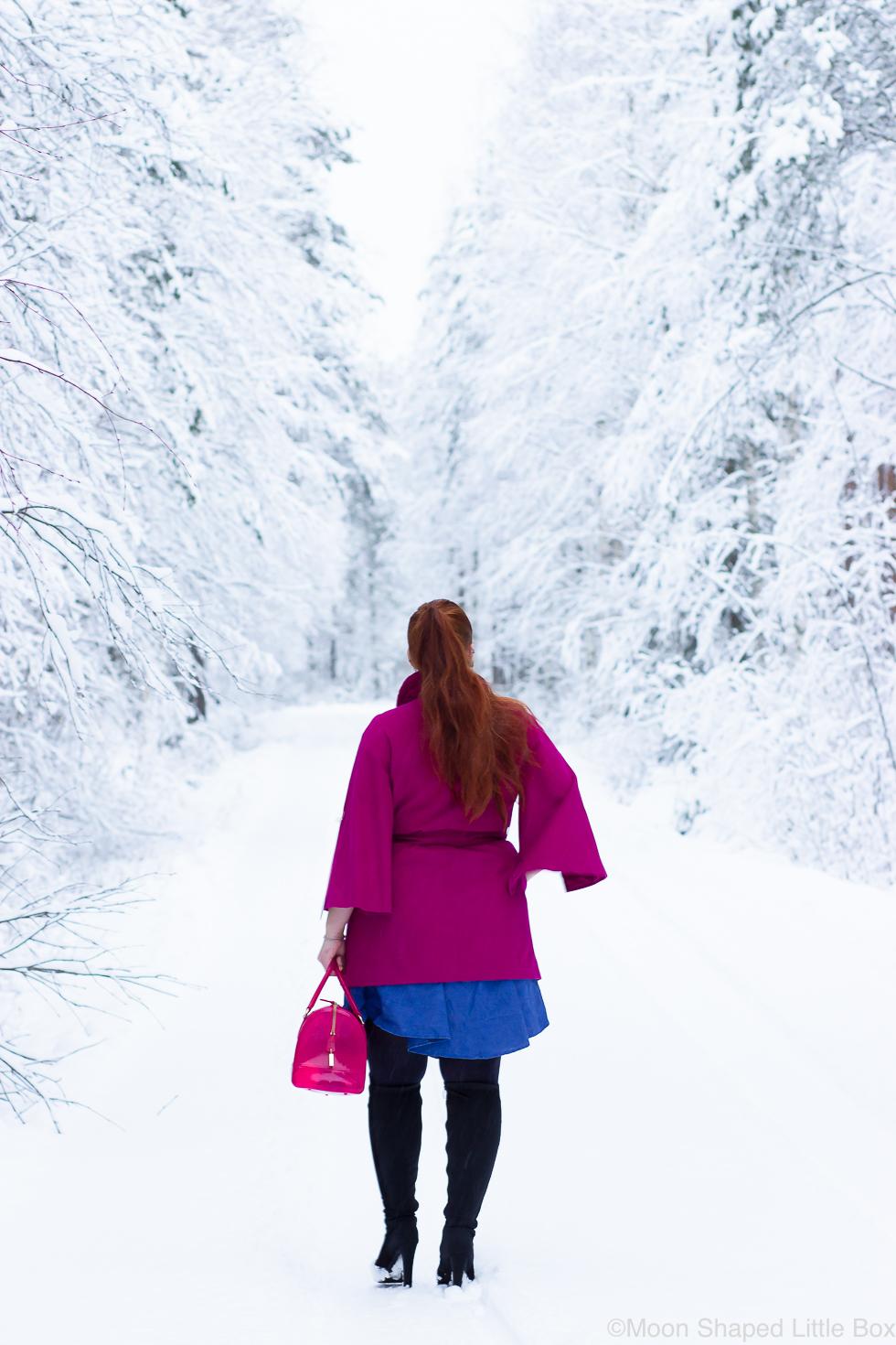Paivan-asu-pinkilla-villakangastakilla-talvi-2020