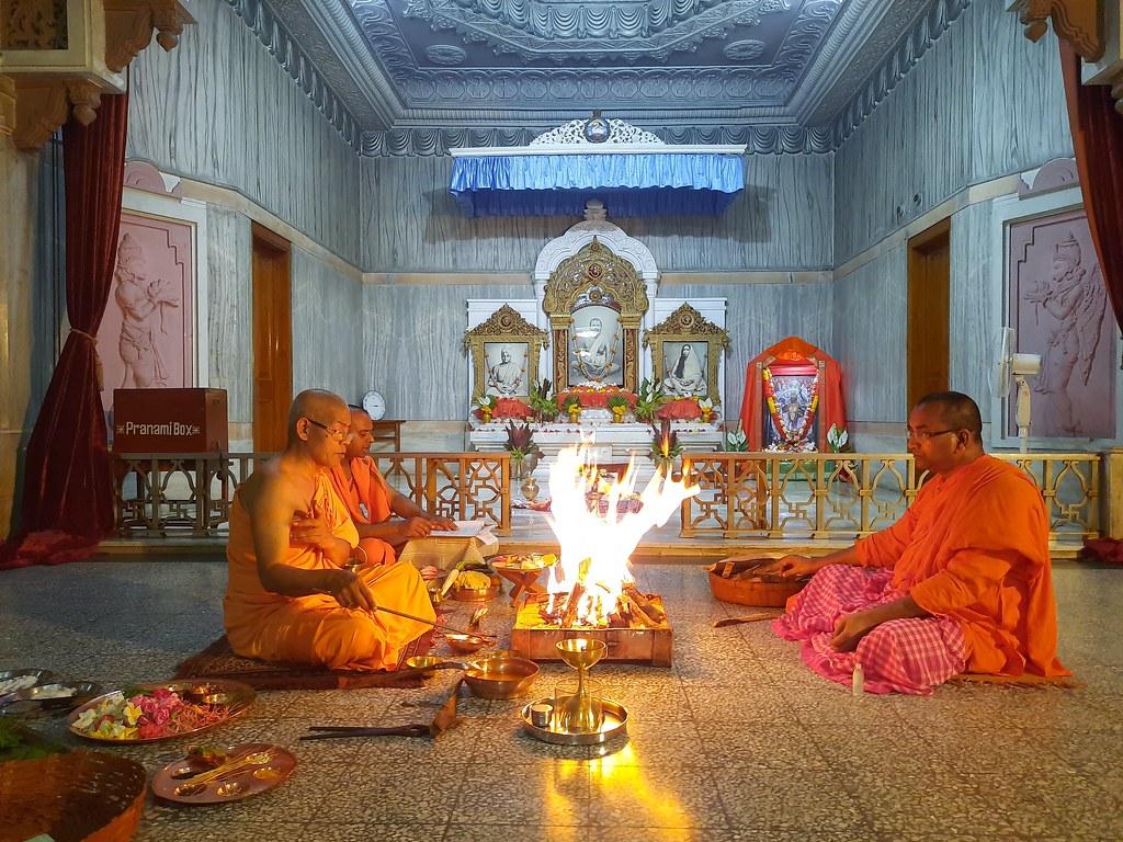 Phalaharini Kali Puja (42)