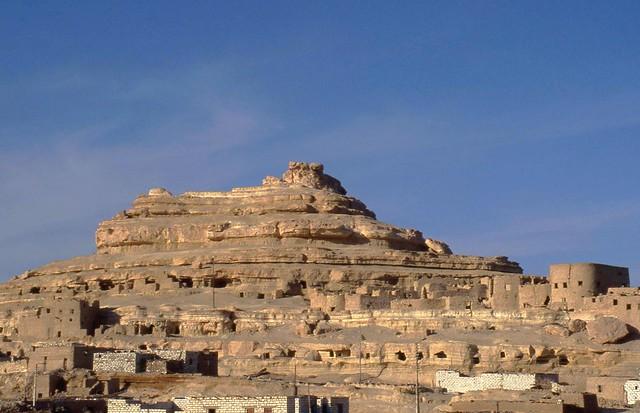 EGYPTE SIWA Gebel Al Mawta 2004