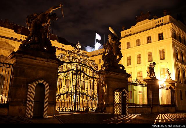 Pražský hrad at Night, Prague, Czech Republic