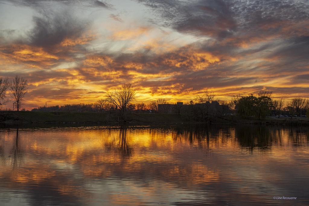 Sunset Parc des Rapides